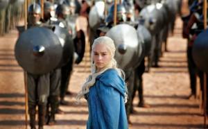 Daenerys n'a plus rien de la gamine effrayée de la saison 1